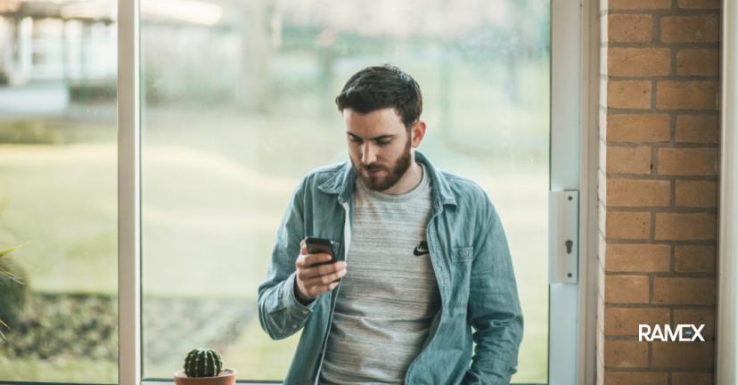 Как контролировать сотрудников и продажи через телефон