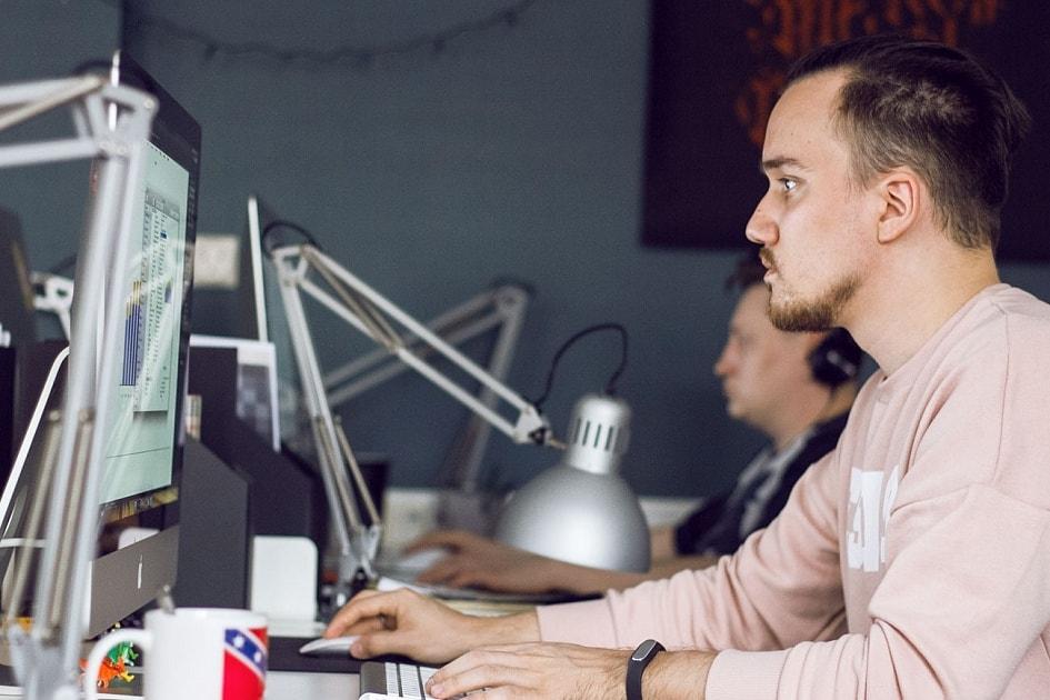 Как дизайн-студия разделила рабочие процессы на Basecamp, Planiro и amoCRM?