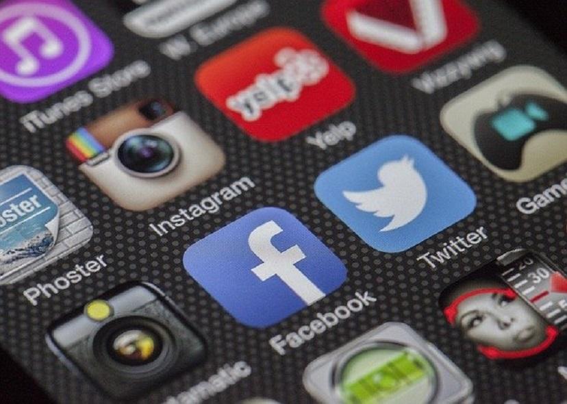 Facebook запустил конкурента «Одноклассников»