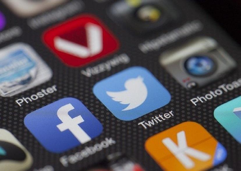 Facebook упрощает просмотр неалгоритмической ленты новостей