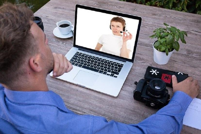 Ownnit позволяет продавать свои навыки и знания по видео